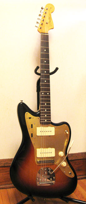Classic Player Jazzmaster with gold pickguard
