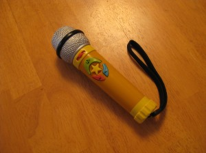 Toy microphone recorder